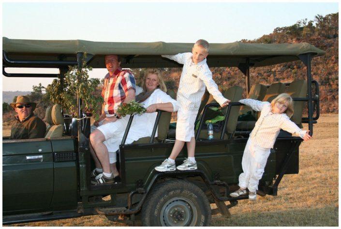 Intussen in de bush..... een bijzondere reis