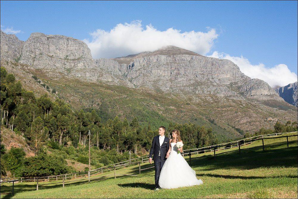 Trouwen in Zuid-Afrika Trouwen in de mooie indrukwekkende wijnvelden van Zuid-Afrika, misschien ook iets voor jullie?