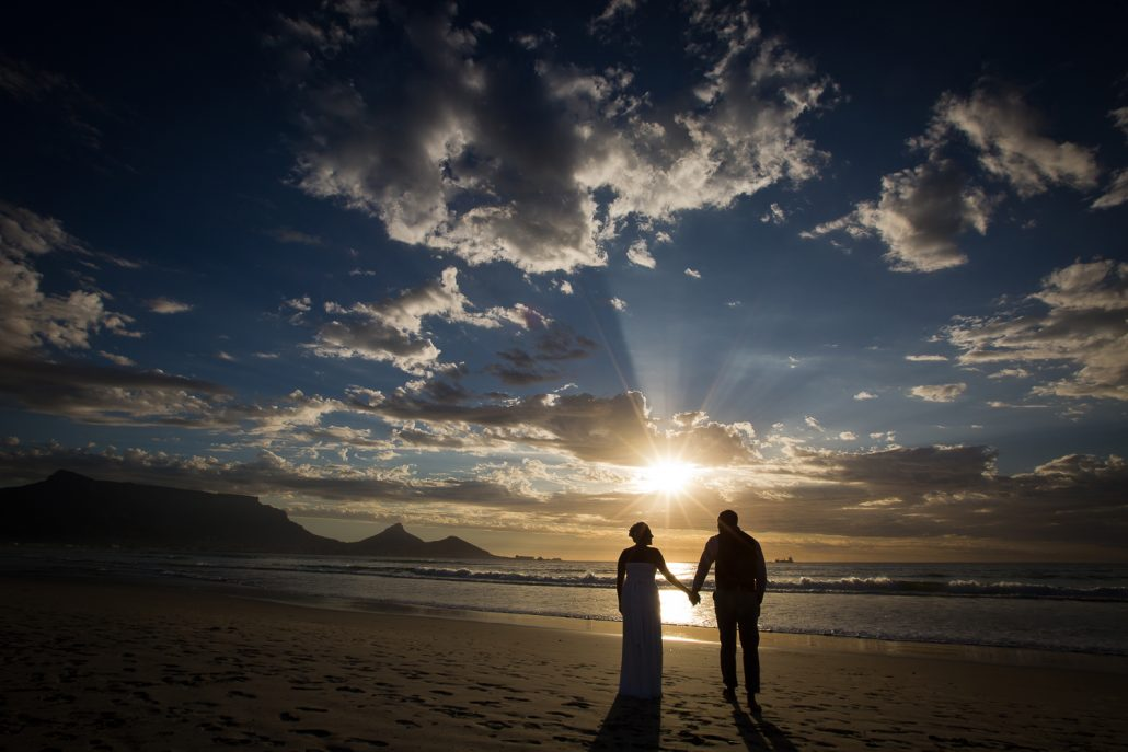 strand foto's kaapstad bruiloft